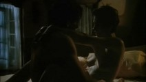 Sean Young  nackt